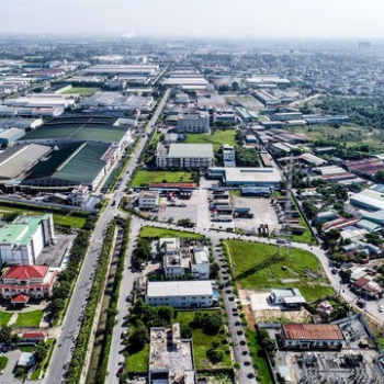 How is Vietnam's industrial real estate developing now?